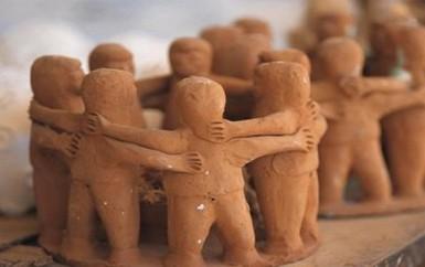 La sociedad civil es indispensable para la construcción política