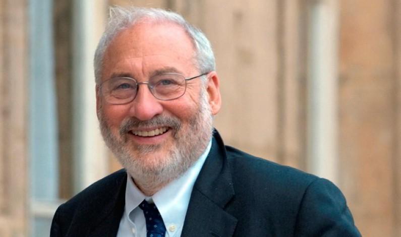 Stiglitz: La democracia del siglo XXI