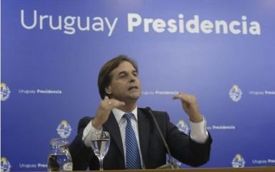 Cree en mi, que te vacunaré: la politica pandémica en Uruguay