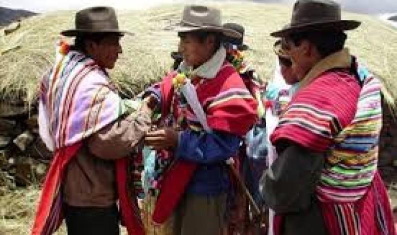 Mestizaje, globalización y crisis de identidades colectivas en Bolivia